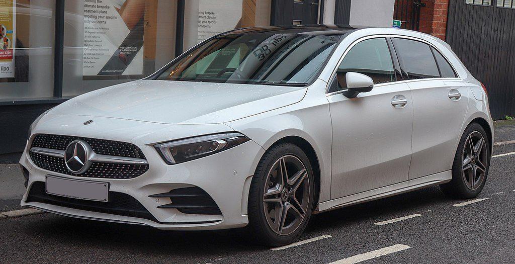 Voiture neuve de la marque Mercedes, modèle Classe A