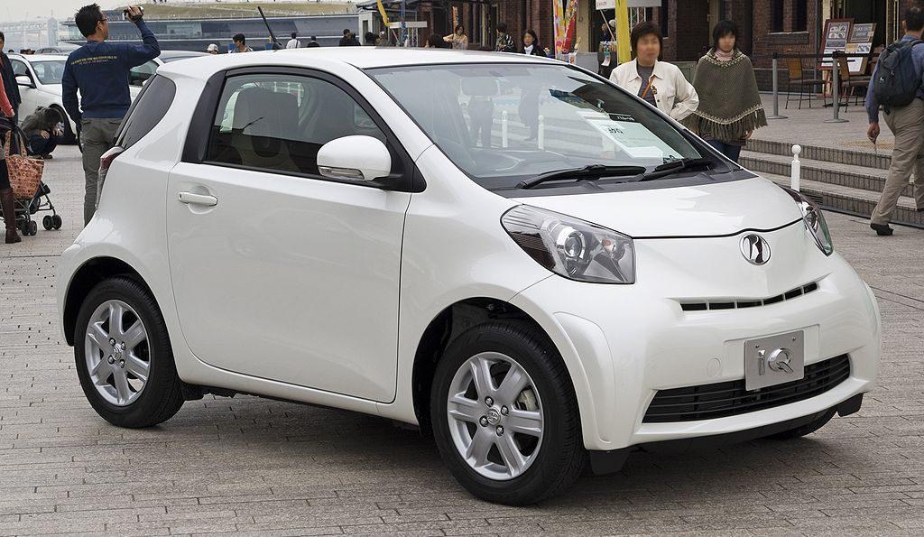 Toyota iQ voiture neuve blanche