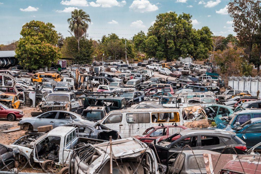 Casse automobile stockage voiture