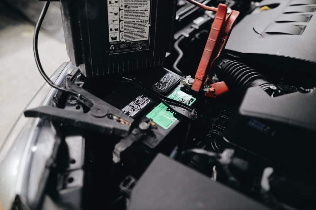 Branchement batterie de voiture
